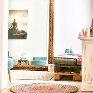 Indischa Flower beauty & wellness salon